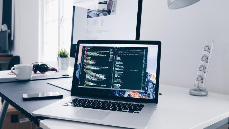 Windows 10 で Qt の開発環境を作成する方法 (2020年度版)